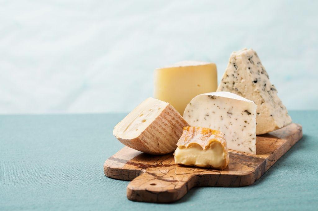 低糖質痩せやすい食べ物 チーズ